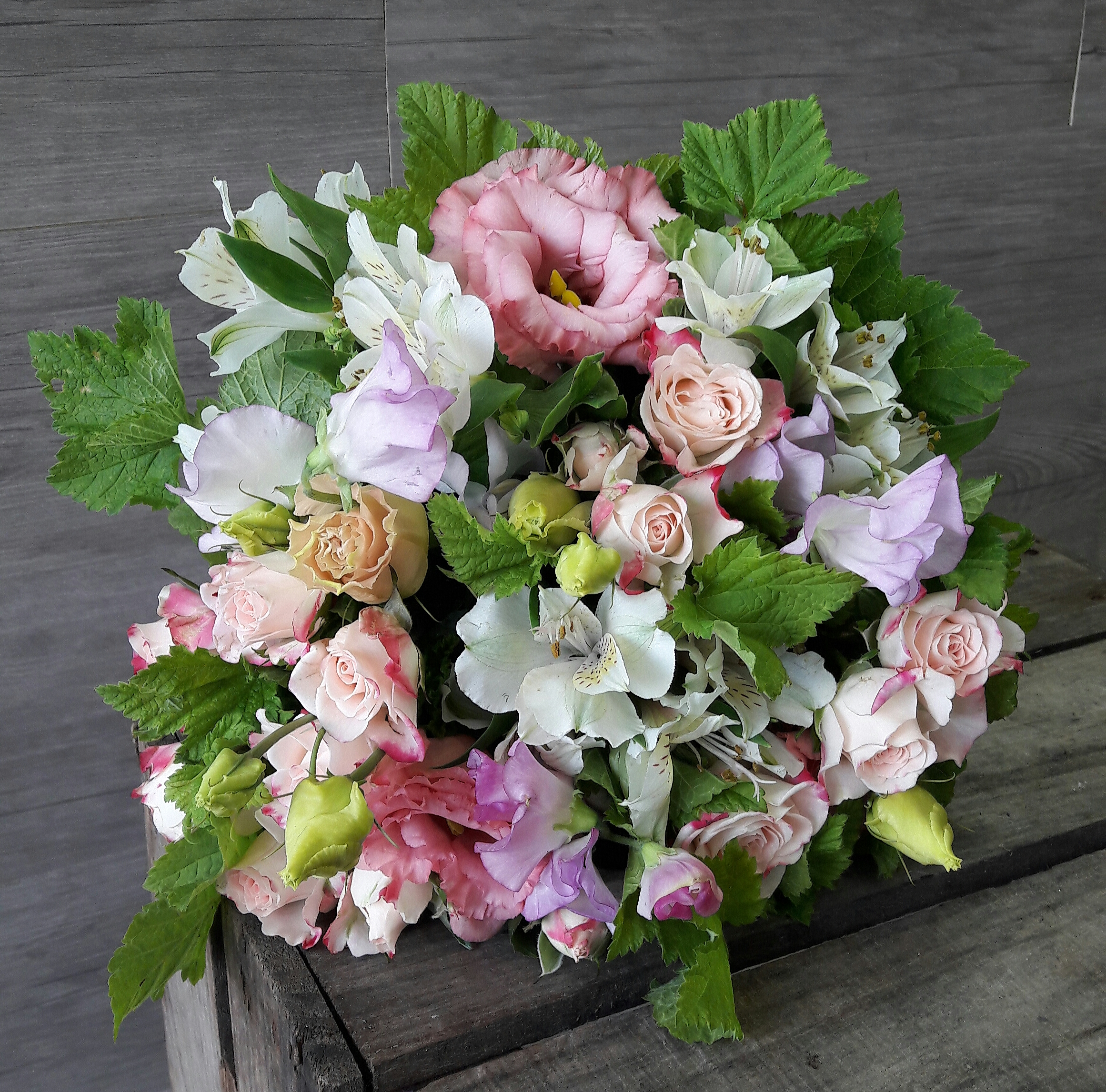 Bouquet de fleurs en direct meilleur prix qualit fleuriste for Envoyer bouquet fleurs